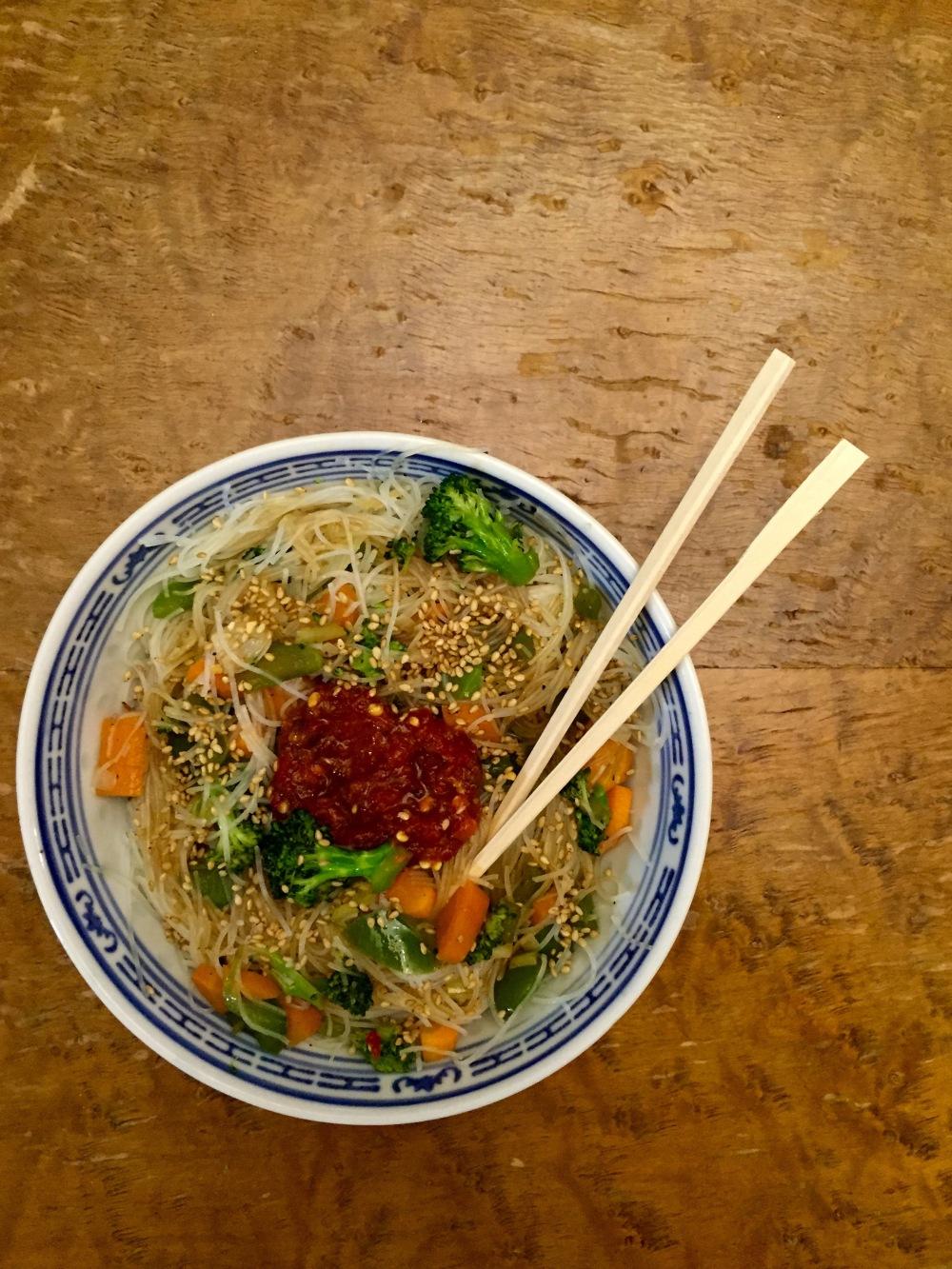 hot sesame garlic noodles