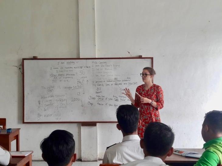 Bu Dewi's school 2