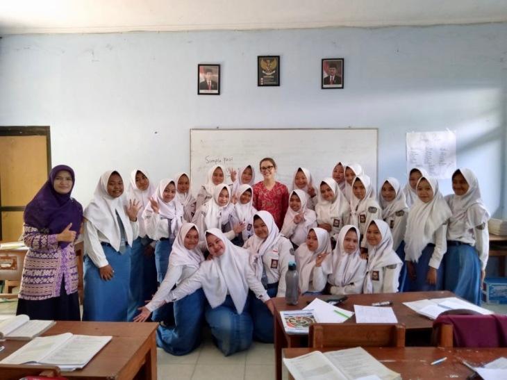 Bu Dewi's school 3