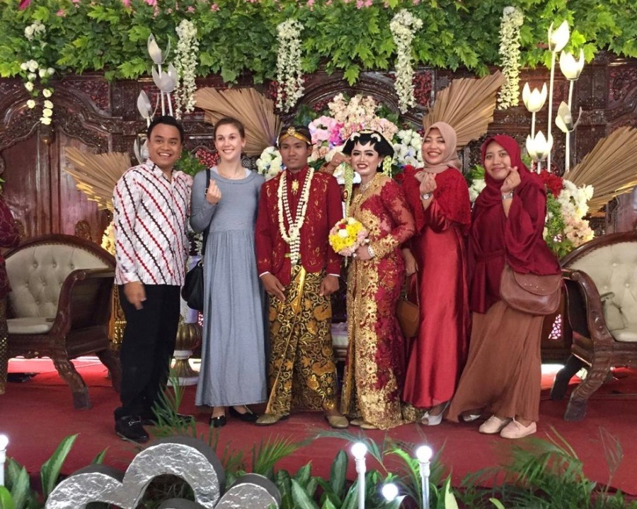 Dina Gets Married! A Javanese Wedding Story