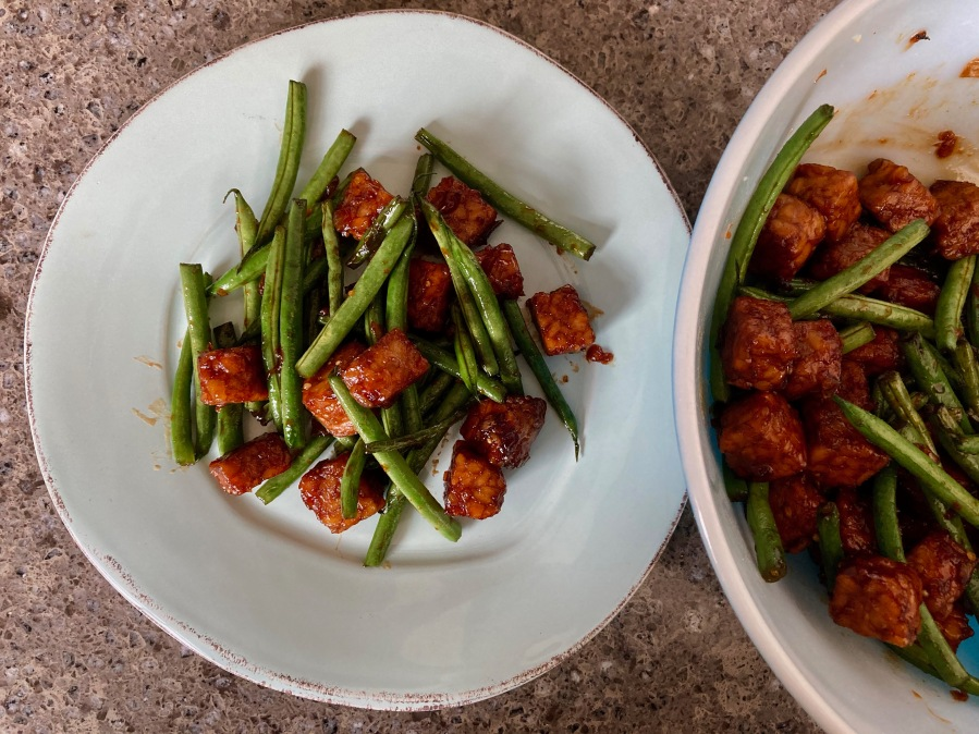 Tumis Tempe Buncis: Sweet Tempeh and Green Bean Stir-fry
